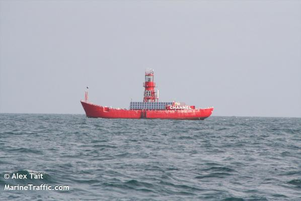 Channel lightvessel